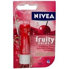 Nivea Fruity Shine Kiraz Lip Stick :