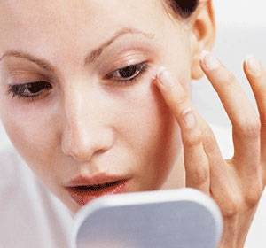 Dr. Murad Renewing Eye Cream :