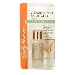 Sally Hansen Vitamin E Moisturizing Nail & Cuticle Oil :